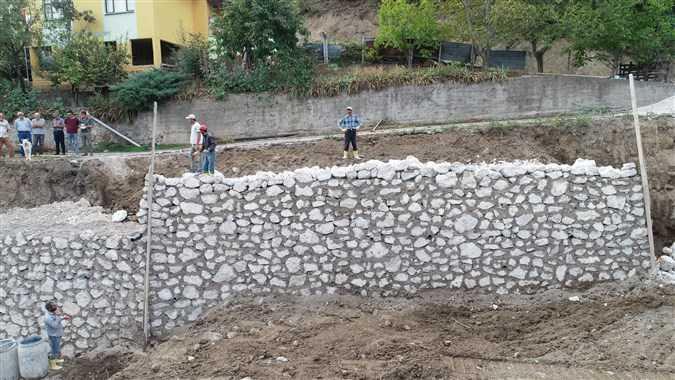 DESTEK ve ILIPINAR'a İSTİNAT DUVARI - Taşova Gazetesi